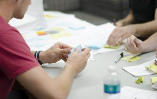 GrowFact bietet Ausbildungen und Workshops rund um Creative Problem Solving an.